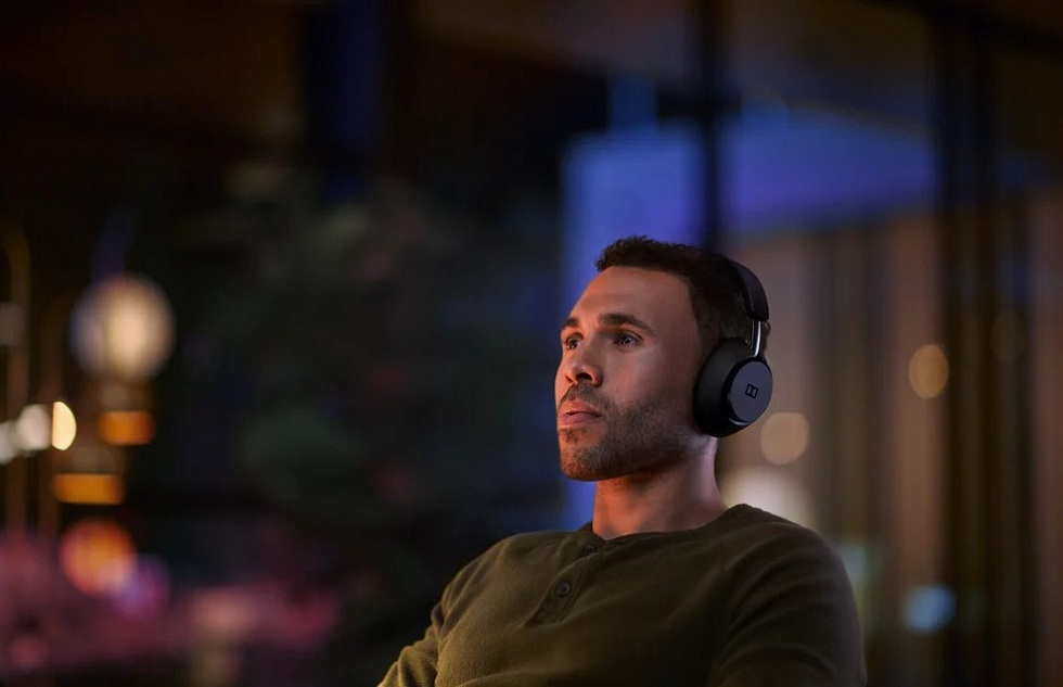 Dolby Dimension Wireless Headphones! Binge Smarter