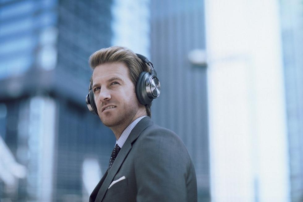 Audio Technica Noise Cancellation Wireless Headphones