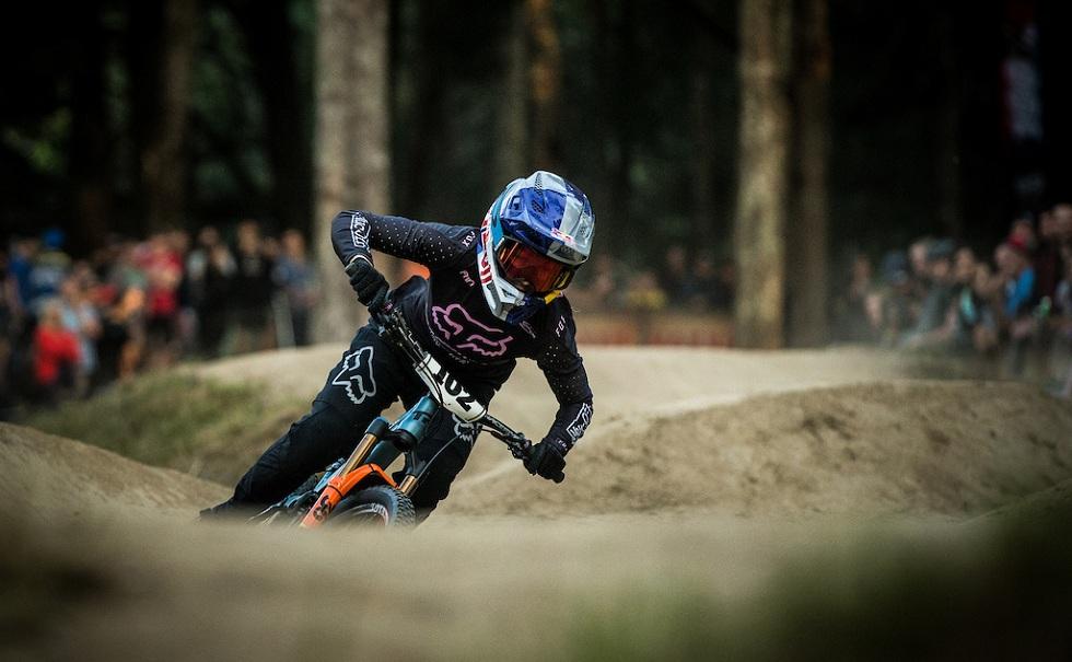 Fluid inside helmet! Rampage Pro Carbon