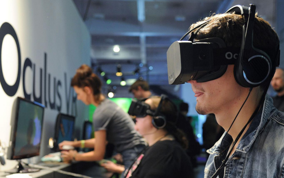 Oculus Concept Headsets are with Electronic Varifocal Lenses