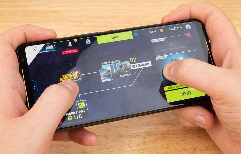 ASUS Gaming phone is Available in US for $900