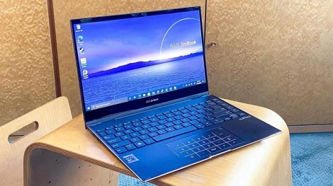 A Complete Review of Asus Zenbook Flip S